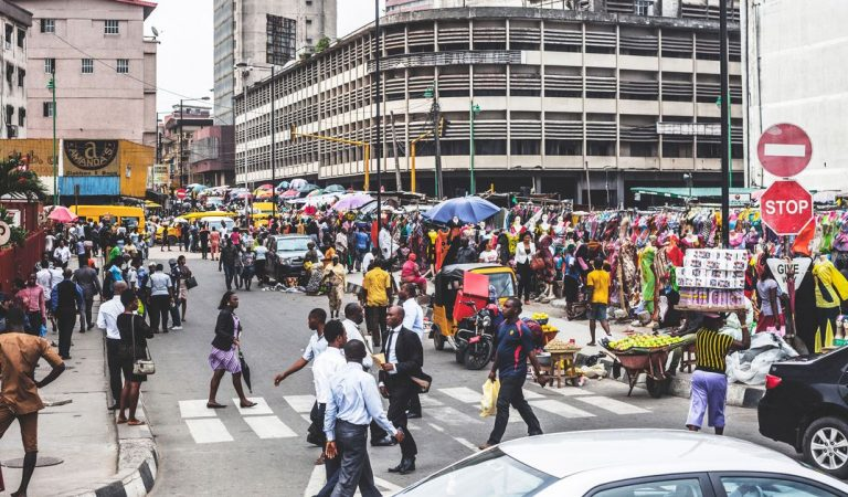 7 kinds of people you will meet on the streets of Lagos every morning