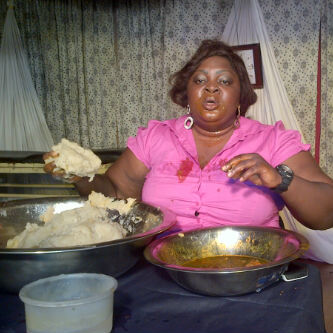 5 Types of People You Will Meet At A Nigerian Restaurant
